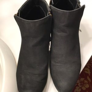 CHARLOTTE RUSSE women's boots black size 8.